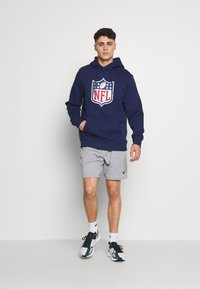 Fanatics - NFL ICONIC PRIMARY COLOUR LOGO GRAPHIC HOODIE - Bluza z kapturem - navy - 1