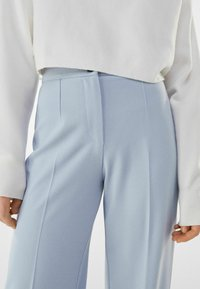 Bershka - Broek - light blue - 3