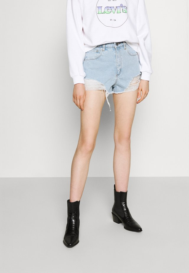 HIGH RELAXED - Shorts vaqueros - salty stone
