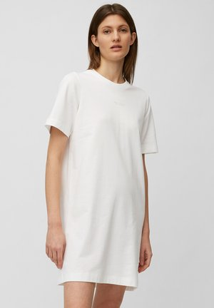 Day dress - white linen