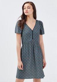 BONOBO Jeans - Robe d'été - vert turquoise - 3