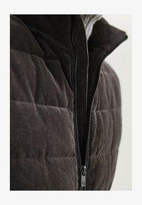 Massimo Dutti - Waistcoat - brown - 6