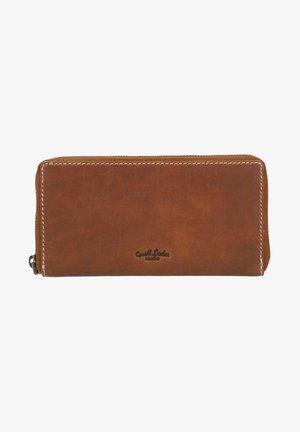 CARA - Wallet - braun