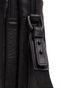 Castelijn & Beerens - Briefcase - black - 2