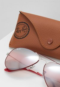 Ray-Ban - 0RB3025 AVIATOR - Sunglasses - silver-coloured/bordeaux - 2