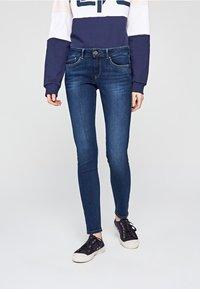 Pepe Jeans - Jeans Skinny Fit - blue denim - 0