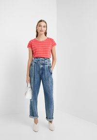 CLOSED - GLEN - Relaxed fit jeans - dark blue - 1