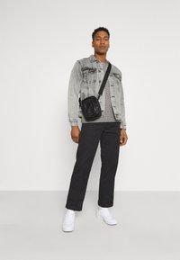 Redefined Rebel - MARC JACKET - Veste en jean - light grey - 1