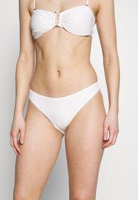 YAS - YASIVORY STRUCTURE BRAZIL - Bikini bottoms - white - 0