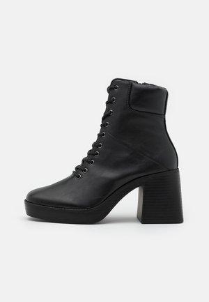 ALMAH - Veterboots - black