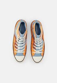 Converse - CHUCK TAYLOR ALL STAR NATIONAL PARKS - High-top trainers - magma orange/sea salt blue/egret - 3