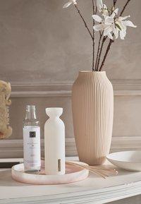 Rituals - THE RITUAL OF SAKURA REFILL FRAGRANCE STICKS - Home fragrance - / - 1