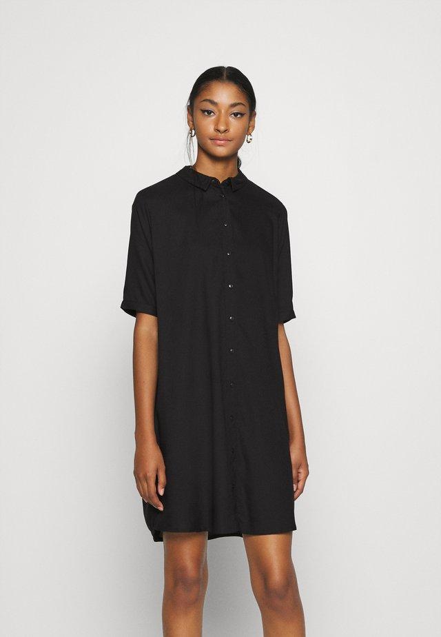 ONLHAPPILY BATSLEEVE - Denní šaty - black