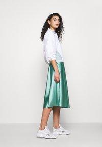 adidas Originals - LAYER - Chaqueta fina - white - 1