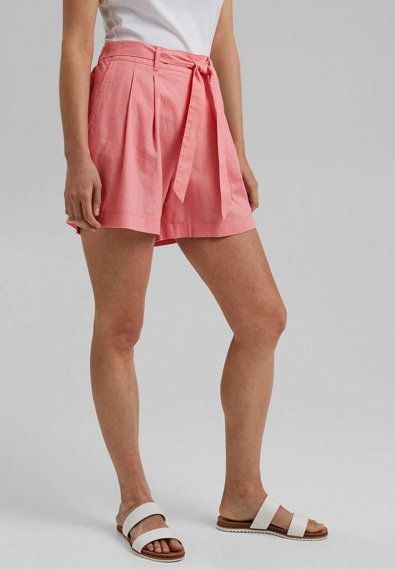 Esprit - MIX:MIT GUMMIBUND - Shorts - coral