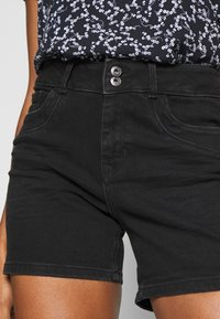 TOM TAILOR DENIM - CAJSA - Denim shorts - used dark stone black denim - 3