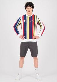 Champion - Sweatshirt - white allover - 1
