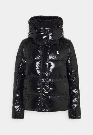 HIGH SHINE PUFFER - Winter jacket - black