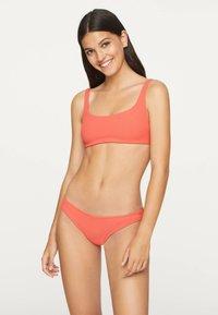OYSHO - Bikini top - coral - 0