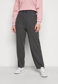 Anna Field Curvy - Tracksuit bottoms - mottled dark grey - 0