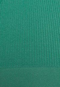 Cotton On Body - SEAMFREE HIGH CUT BRASILIANO BRIEF 3 PACK - Underbukse - light grey marle/silver lake blue marle/bottle green - 5