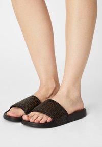 Calvin Klein Swimwear - POOL SLIDE MONO - Mules - brown - 0