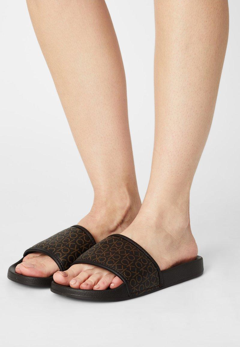 Calvin Klein Swimwear - POOL SLIDE MONO - Mules - brown