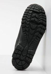 Haglöfs - Hiking shoes - true black - 4