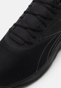 Reebok - LIQUIFECT 180 2.0 - Neutral running shoes - core black/footwear white - 5