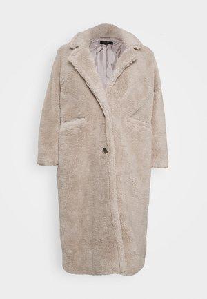 LONGLINE COAT - Classic coat - mink