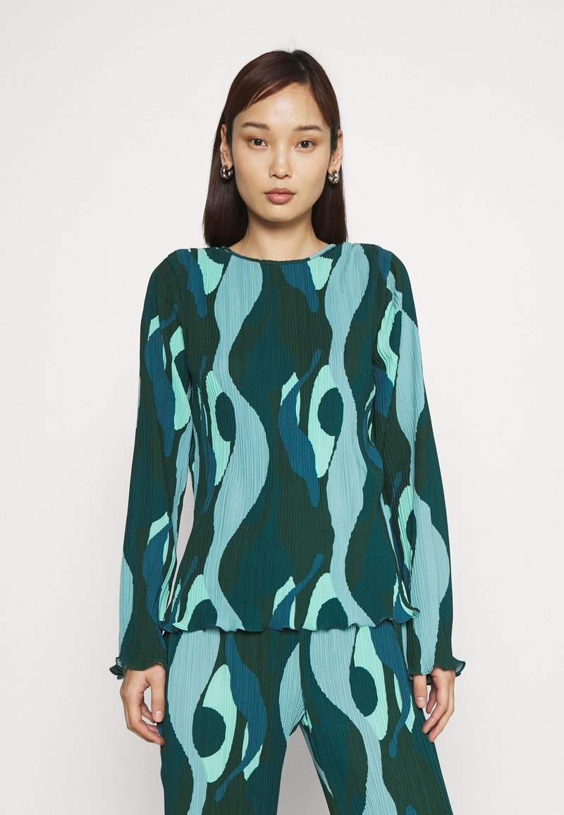 Never Fully Dressed - SWIRL SMUDGE PLISSE - Long sleeved top - teal