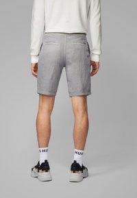 BOSS - SYMOON-SHORTS1 - Shorts - grey - 2