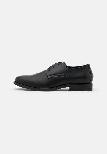 CORE LACE UP SHOE - Stringate eleganti - black