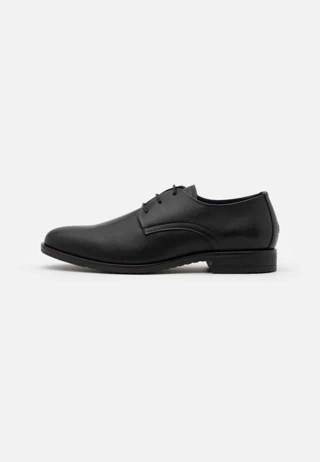 CORE LACE UP SHOE - Business sko - black
