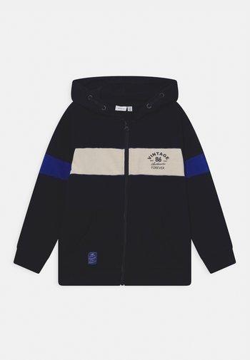 NKMNAZIM HOOD  - Zip-up sweatshirt - dark sapphire