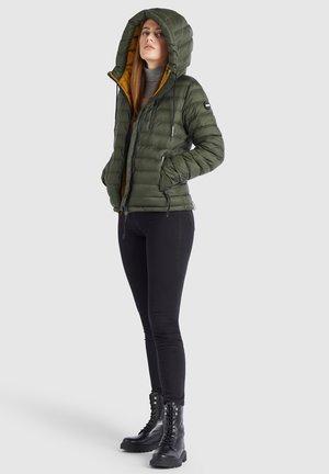LOVINA - Winter jacket - dunkelgrün