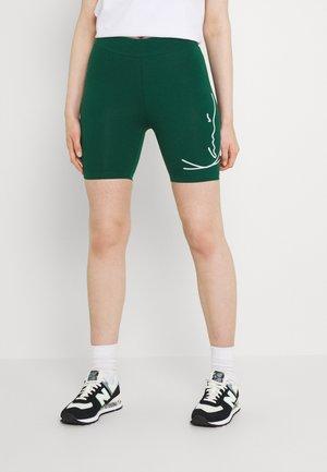 SIGNATURE CYCLING - Shorts - green