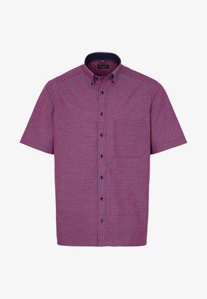 REGULAR FIT - Shirt - red/blue