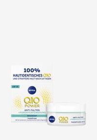 Nivea - Q10 POWER ANTI WRINKLE PORE REFINE DAY CREAM SPF 15 - Anti-Aging - - - 1