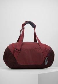 Deuter - AVIANT DUFFEL 35 - Sports bag - maron/aubergine - 2