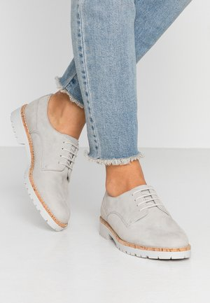 LEATHER LACE UPS - Lace-ups - light grey