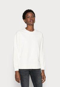 Selected Femme - SLFSTASIE SWEATNOOS - Sweatshirt - pristine - 0