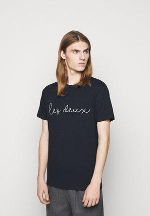GRAND - Print T-shirt - dark navy