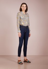 Frame Denim - DE JEANNE - Jeans Skinny Fit - queensway - 1