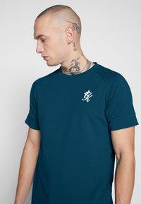 Gym King - CORE - T-shirt print - ink blue - 4