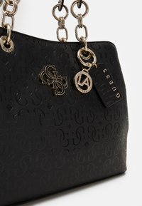 Guess - CHIC SHINE - Handbag - black - 4