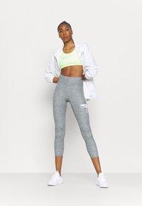 Nike Performance - ONE - Leggings - light smoke grey/heather/white - 1