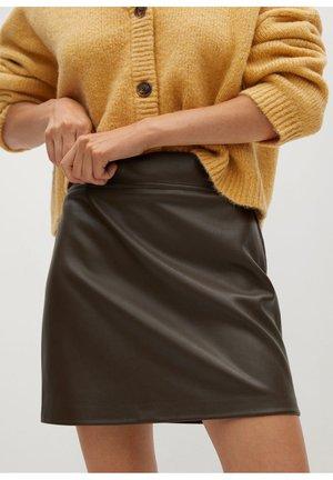 SIMPLE - Leather skirt - kaki