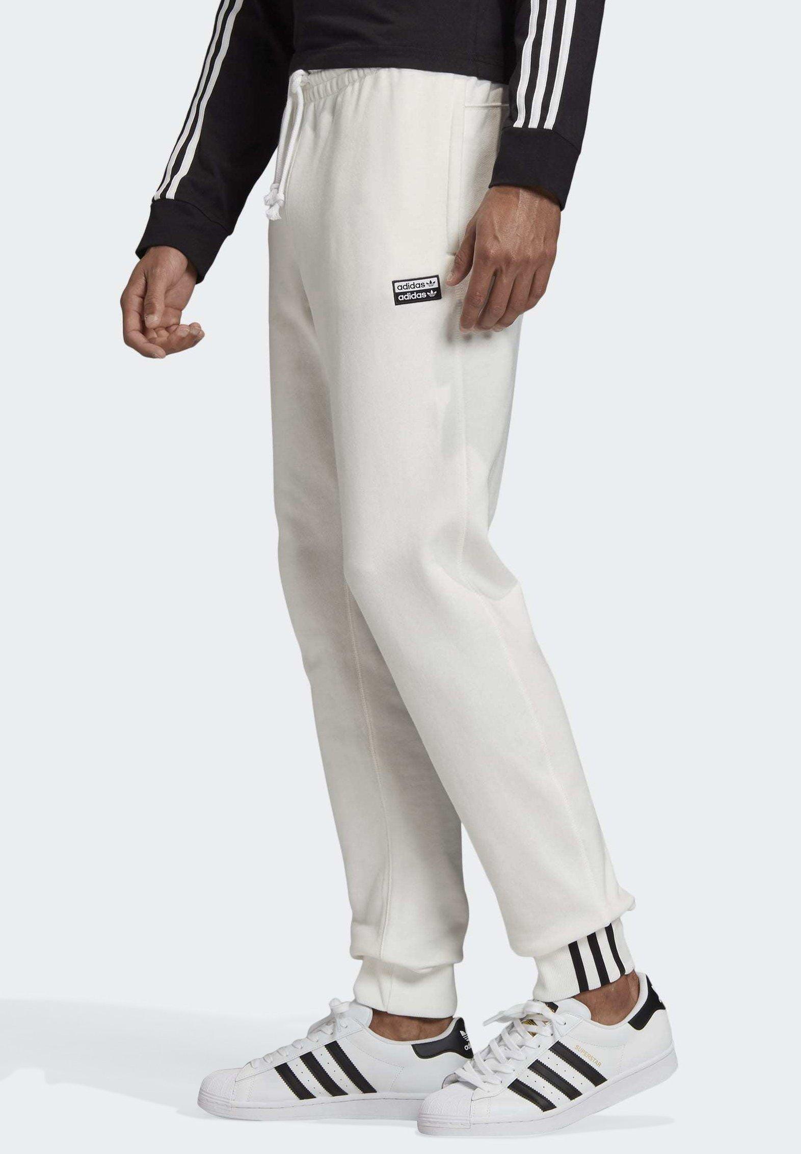 adidas Originals R.Y.V. JOGGERS - Pantalon de survêtement - white