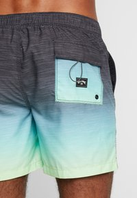 Billabong - ALL DAY FADED - Shorts da mare - citrus - 1